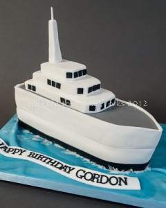 Ship-shaped birthday cake, HMS Gordon
